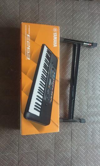 Dijual Keyboard. kondisi 90%.