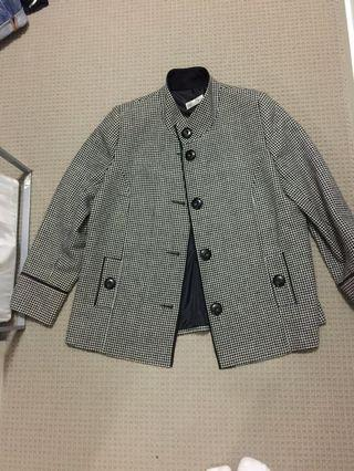 Oversized vintage coat suitable for size 10-12