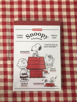 Peanuts Snoopy & his friends (Red) Notepad