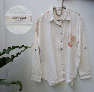 Valley Girl kemeja putih