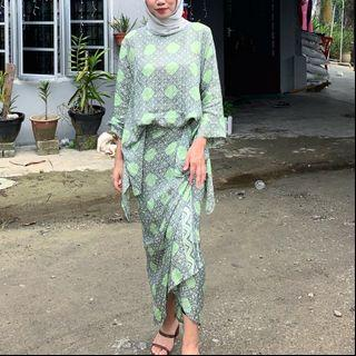 Batik Pareo with Top