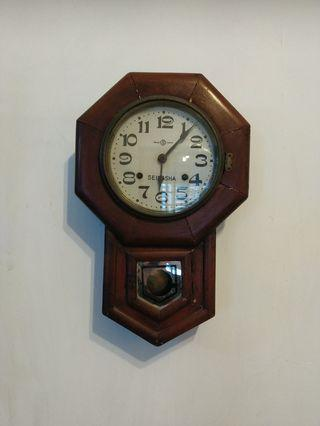 Antique seikosha clock