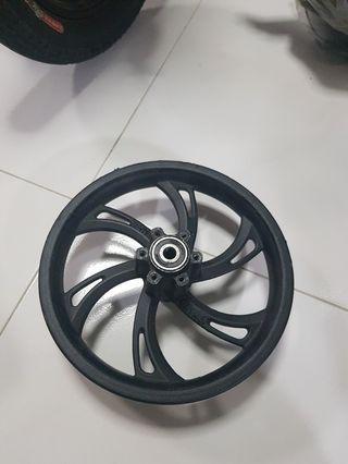 Stock dyu front wheel