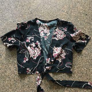 Front knot kimono crop top