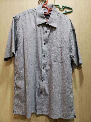 Men short sleeve shirt