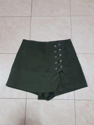 Tie up army green skorts