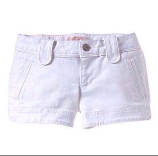 🚚 Old Navy White Shorts