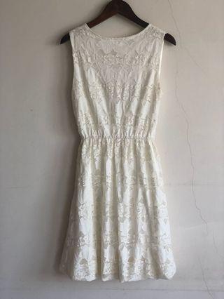 🚚 全新 蕾絲 花苞 白色 兩穿 洋裝 小禮服 婚宴 結婚 謝師宴 dress