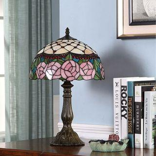 European Rose Stained Glass Table Lamp, 歐洲彩繪玫瑰花玻璃枱燈