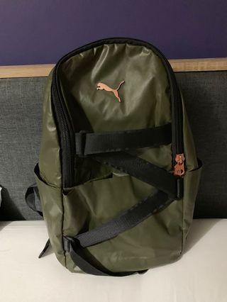 🚚 Puma waterproof bagpack