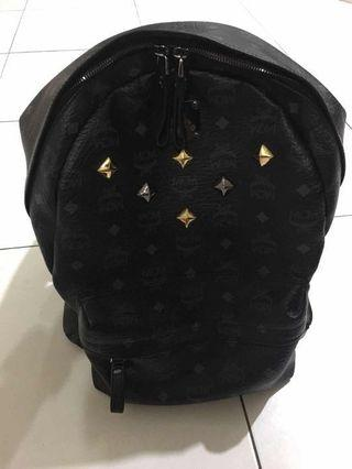 MCM Backpack 90%new  best buy