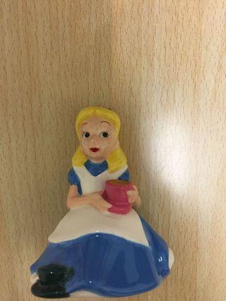 Alice陶瓷公仔