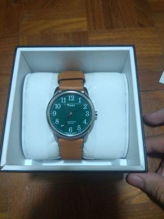 **price drop** Timex - 38mm Easy Reader 40th - Silver-tone Case Green Dial Tan Leather Strap Watch