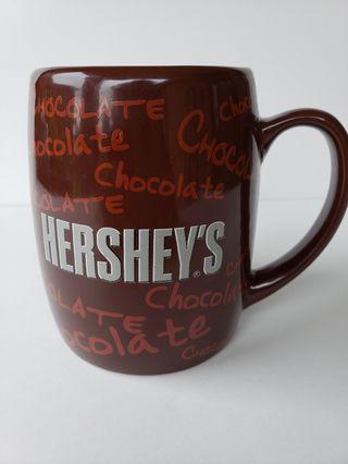 HERSHEYS CHOCOLATE COFFEE MUG- IT'S COOL TO BE SWEET- 2005