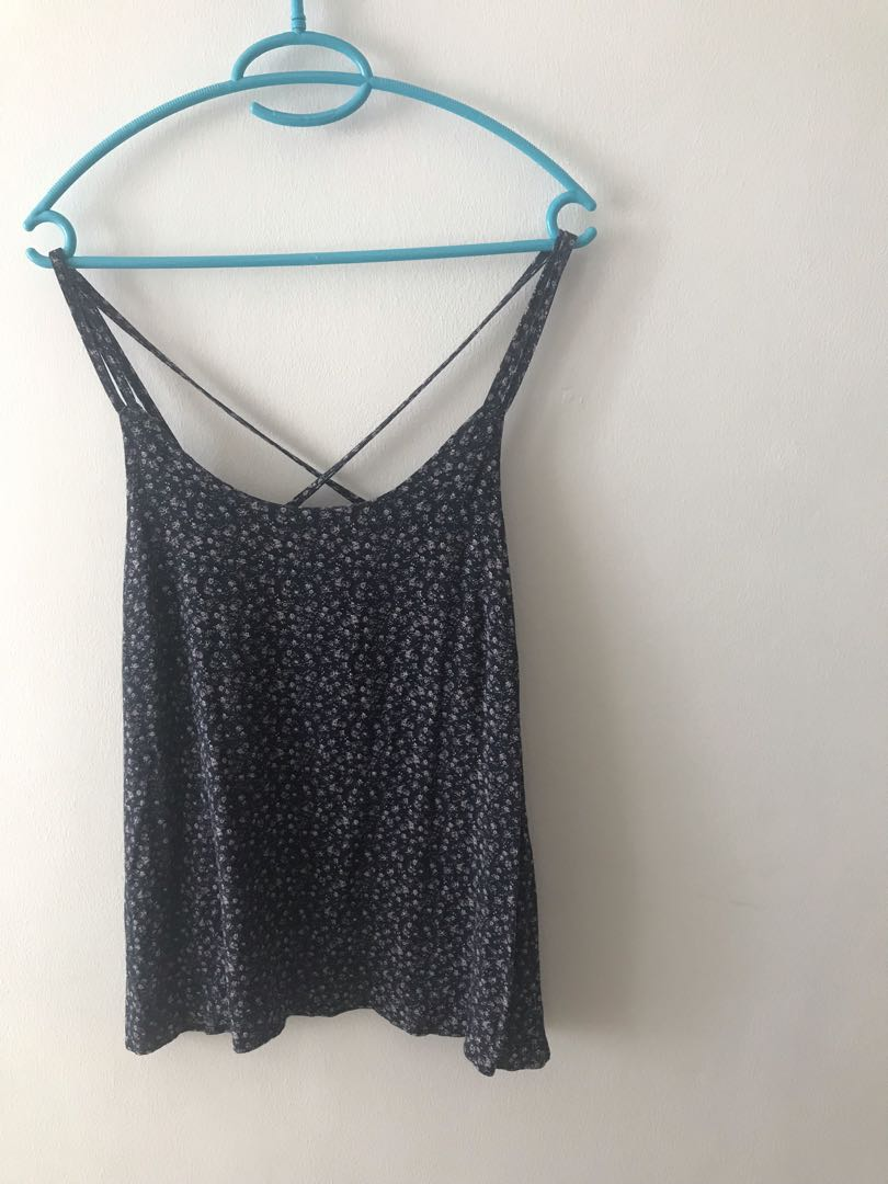 c194b396387ac9 blue thin strap floral top, Women's Fashion, Clothes, Tops on Carousell