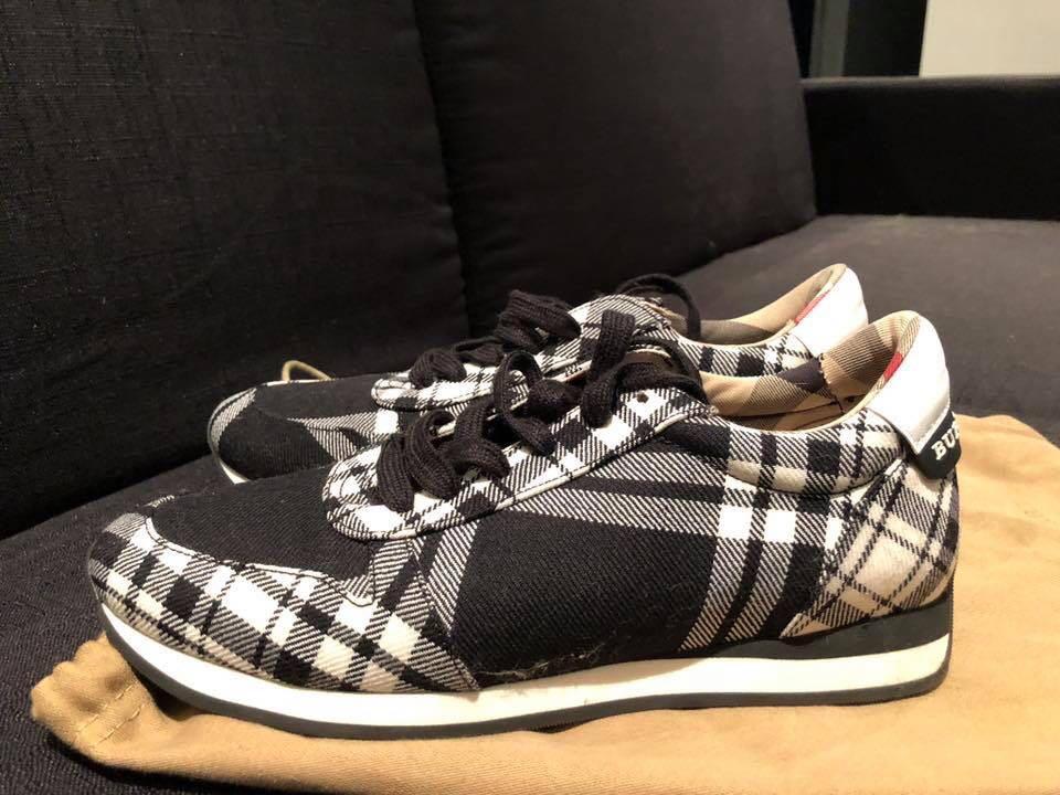 Genuine Burberry classic signature Tartan sneakers