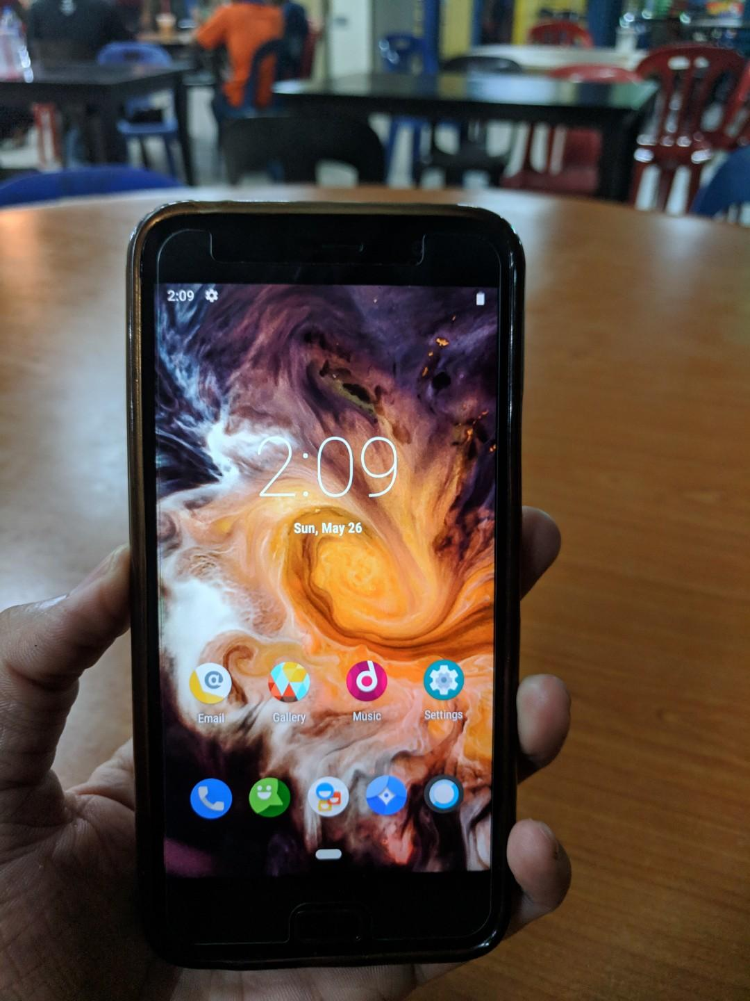 Lenovo zuk z1 on Carousell