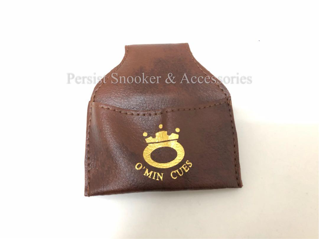 Snooker cue chalk pouch