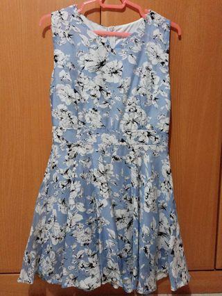 [BNWT] Blue Floral Dress