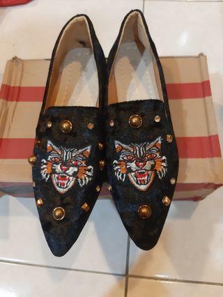 虎頭錨釘鞋