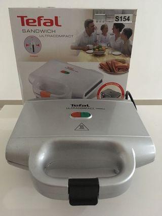 TEFAL Sandwich Maker SM1551