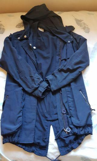 Anorak in great condition. Fits size 6-8.