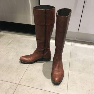 BROWN'S real leather boots
