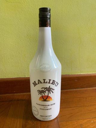 🚚 Malibu Caribbean Rum with Coconut 1L