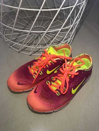 Nike Free Run TR 4