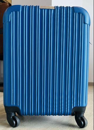"""New Jay Gee Card Luggage 19"""""""