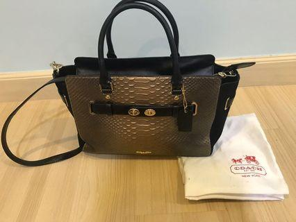 Authentic Coach short handle with long strap