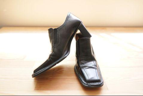 Pegabo Leather Shoes *Made in Italy*