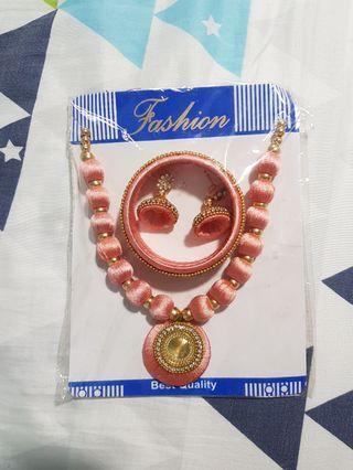 🚚 Fashion accessory set
