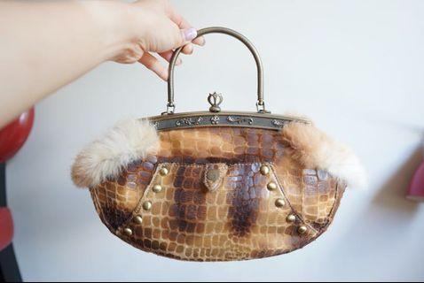 Synthetic leather hand bag
