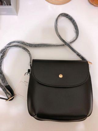 🚚 Queen shop新款黑色質感包包