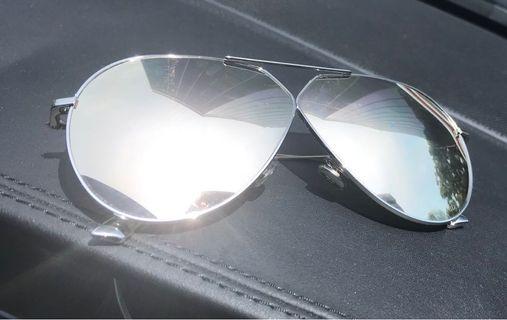 Dior Sunglasses almost like new