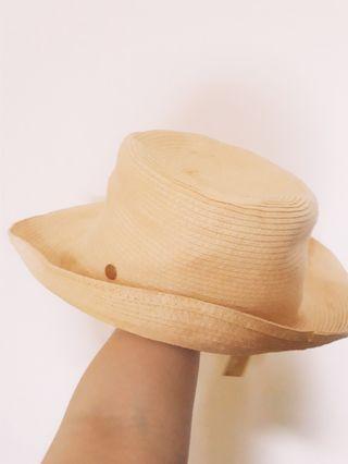 🚚 日牌全新含吊牌編織草帽遮陽帽太陽帽紳士帽圓頂帽