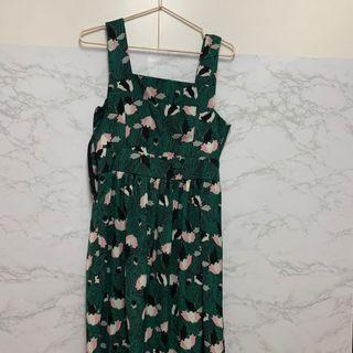 清貨特價!小清新 田園風 綠色碎花圖案 連身裙