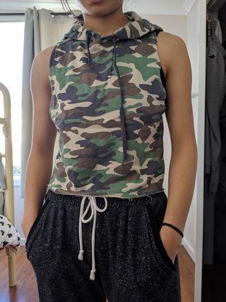 camo sleeveless hoodie