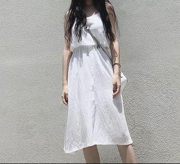 🚚 收腰白色洋裝