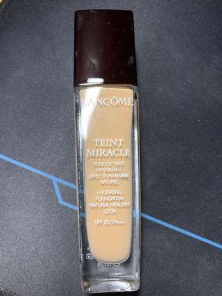 Lancôme Teint Miracle FoundationO-025