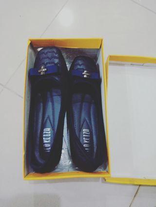 Sepatu peter keizia