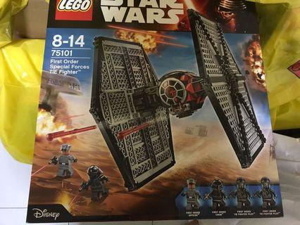 🚚 BN Sealed lego 75101