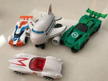 Cars and original  Japan airlines pull back and release plane