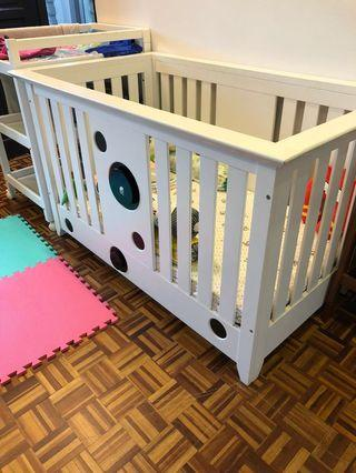 Baby cot solid wood + mattress