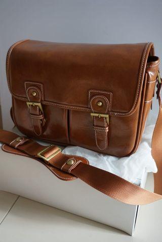 Unisex camera bag (brown only) - tas kulit kamera