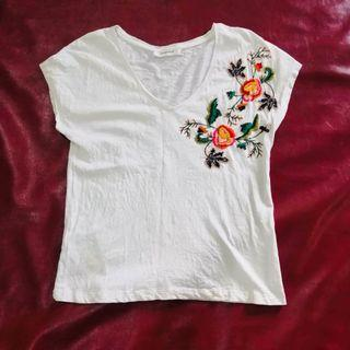 Promod bohemian floral embroidered top