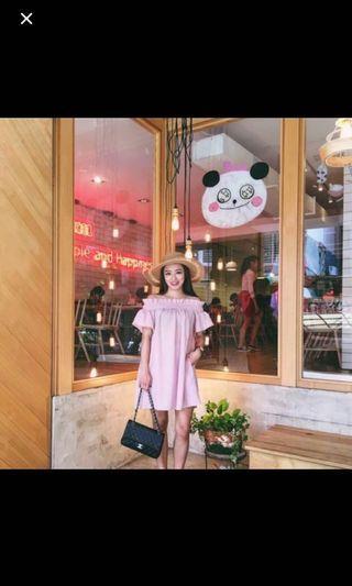 Mercci22乾燥玫瑰露肩/平口洋裝