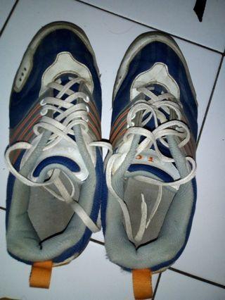 sepatu astec original
