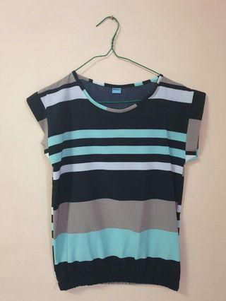 (3 for $10) Simple lined Top